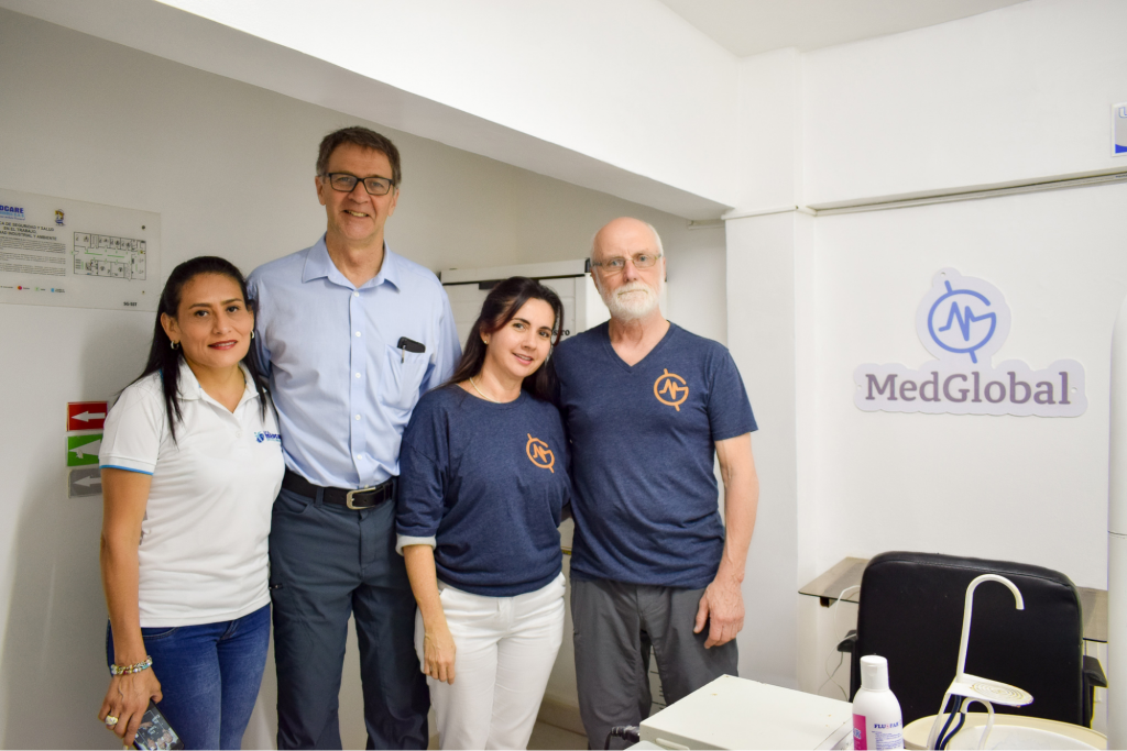 Dr. John Kahler with MedGlobal and Medcare partners in Columbia.